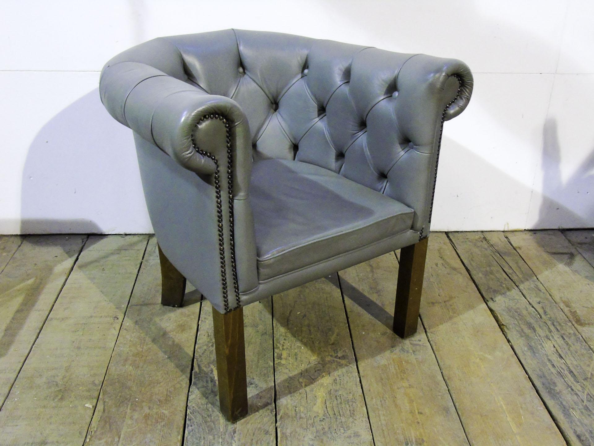 grey leather button back tub chair pub kit. Black Bedroom Furniture Sets. Home Design Ideas