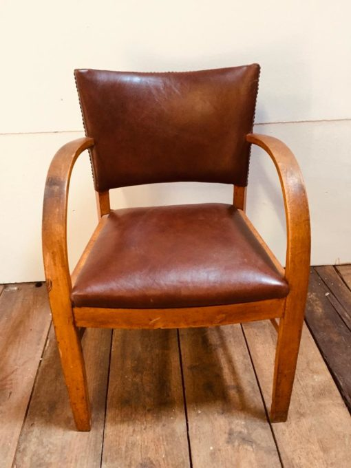 read leather chair